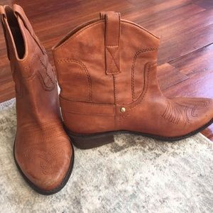 Franco Sarto Shoes - Cowboy booties